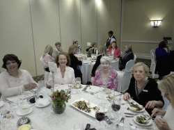 Hayley McLellan at Adele Searll 100 Club